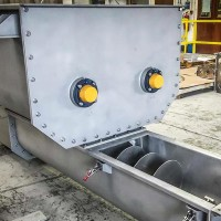 Bins, hoppers and mix tanks