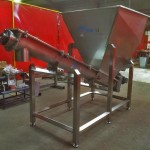 no-feed screw conveyor assemblies