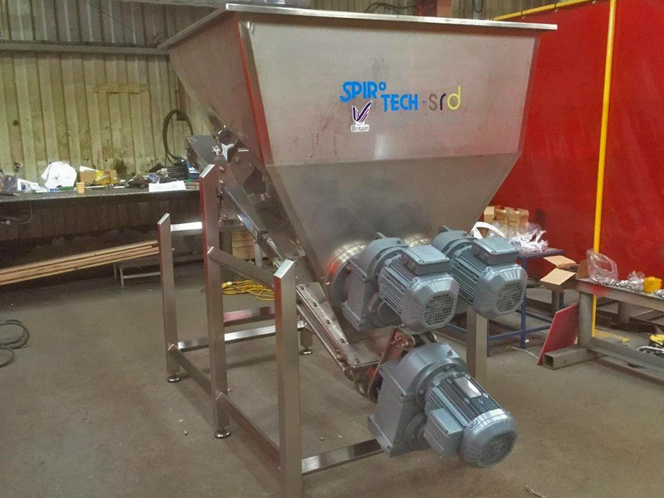 No-feed screw conveyor assemblies