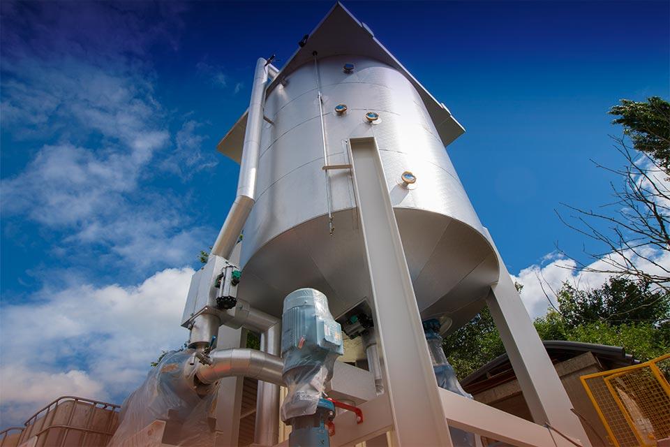 Vertical mixers - Spirotech-SRD oil mixer design and manufacture