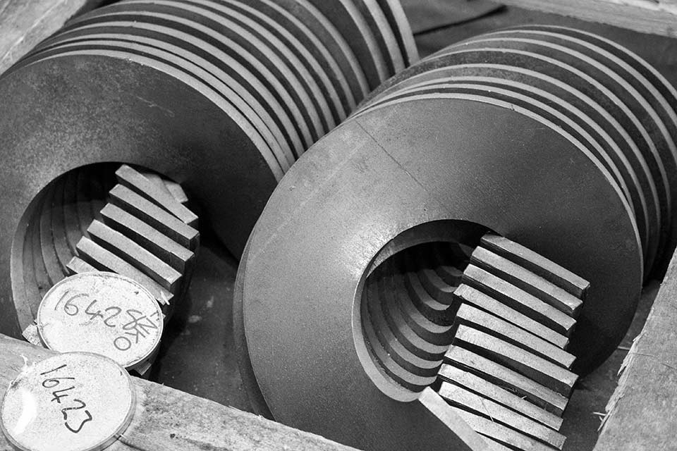 Spirotech screw flight press - now supply screw flights up to 1600mm diameter, 30mm thick