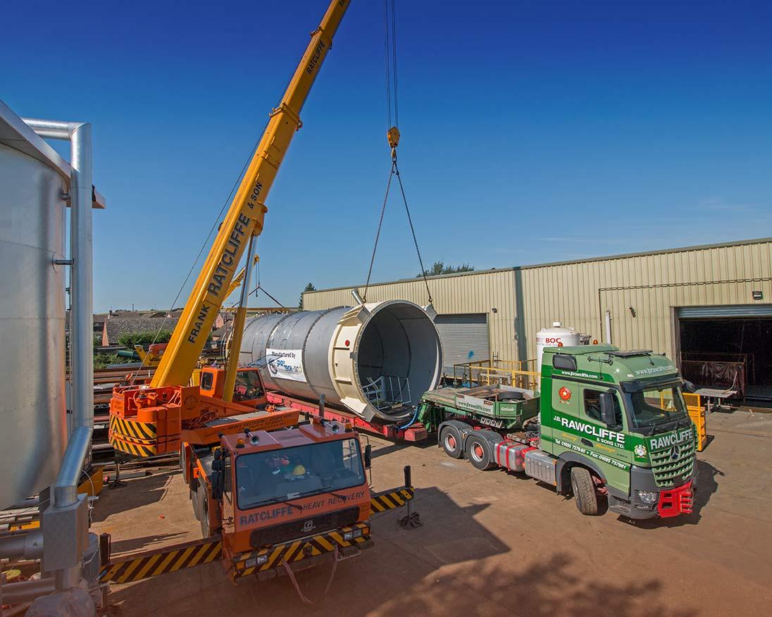5m diameter silo leaves Sawtry factory - Spirotech-SRD