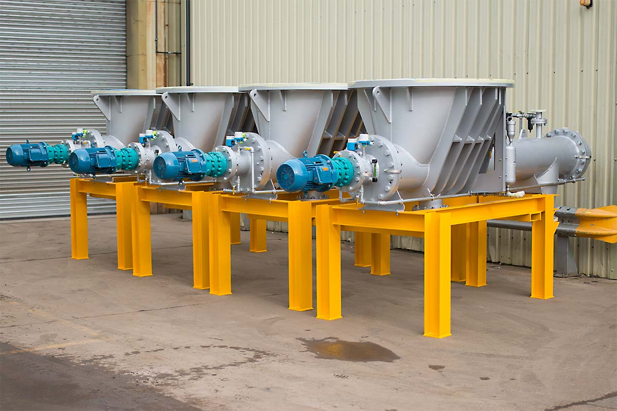 Auger conveyors for bulk handling materials