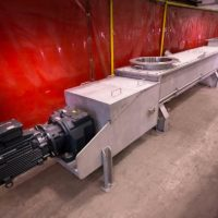 Stainless steel screw conveyors for overseas petrochemical plant