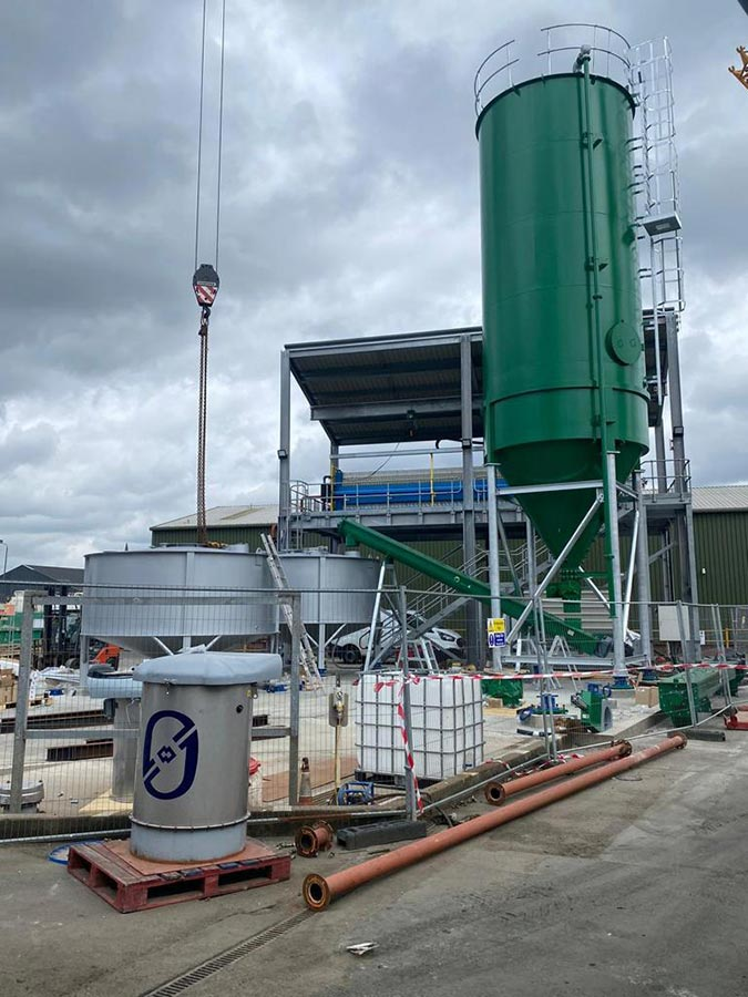 Environmental project Stainless steel ash slurry mix tanks and carbon steel silos and carbon steel screw conveyors